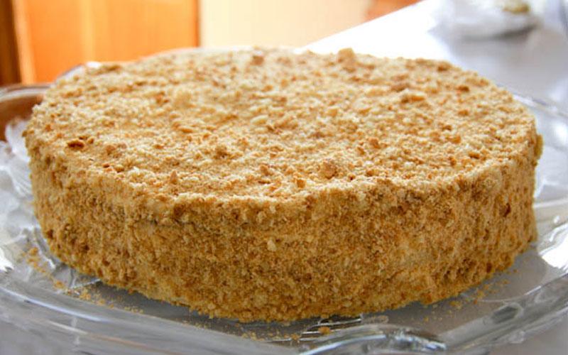 """Торт """"Наполеон"""": Вкусный крем и идеальные коржи"""